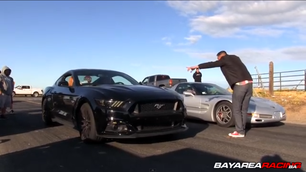 Street race between a 2015 Mustang GT 5.0 and a C5 Z06